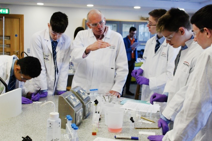 Year 11/12 - A Career in the Pharmaceutical Industry : A-level subject choices and beyond